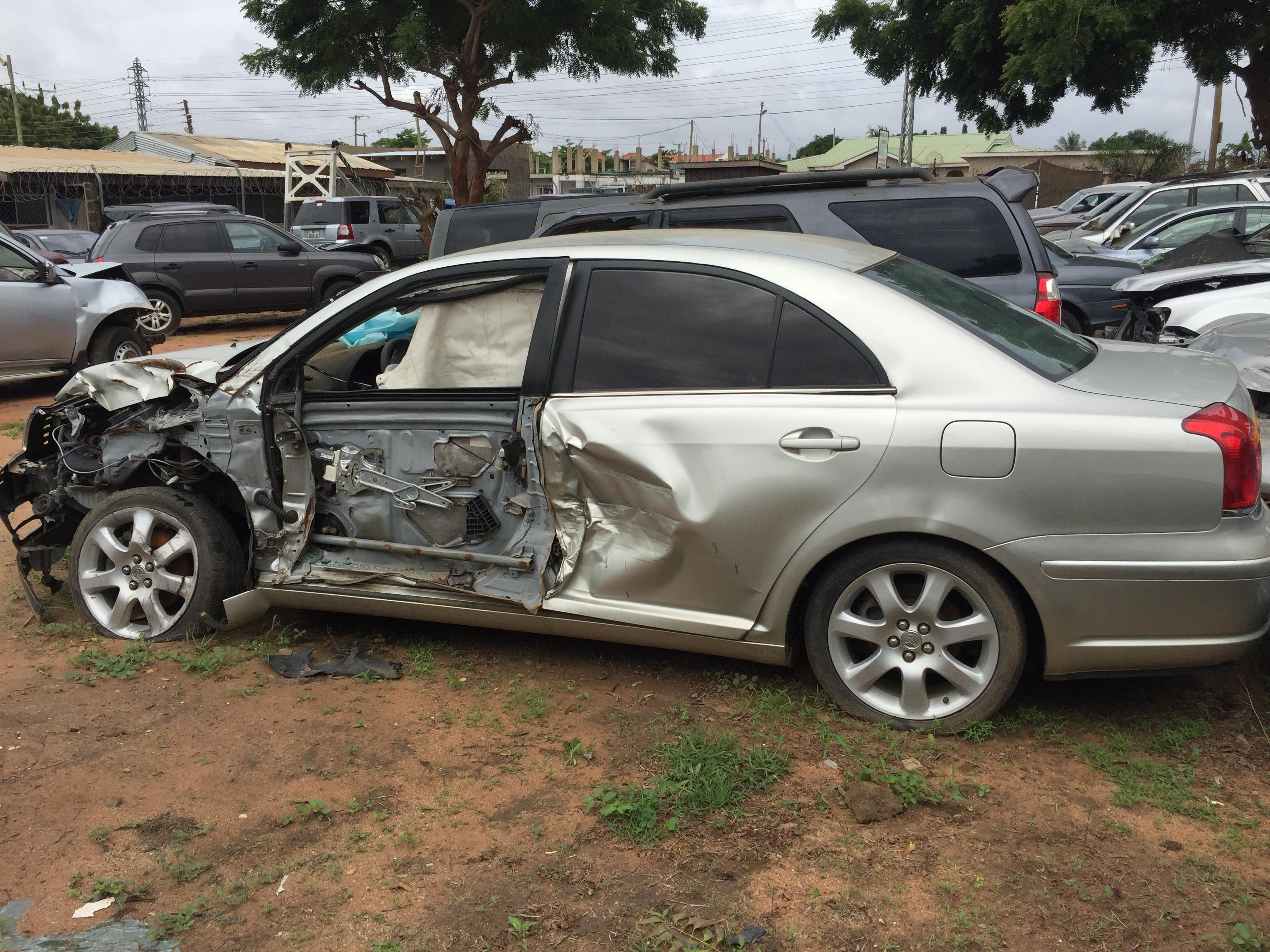 Toyota Avensis Ezzybid Com
